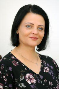<b>Svetlana